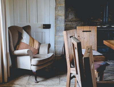 How to shop for furniture styles in the UK